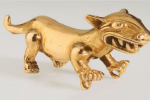 Pre-Colombian gold figure